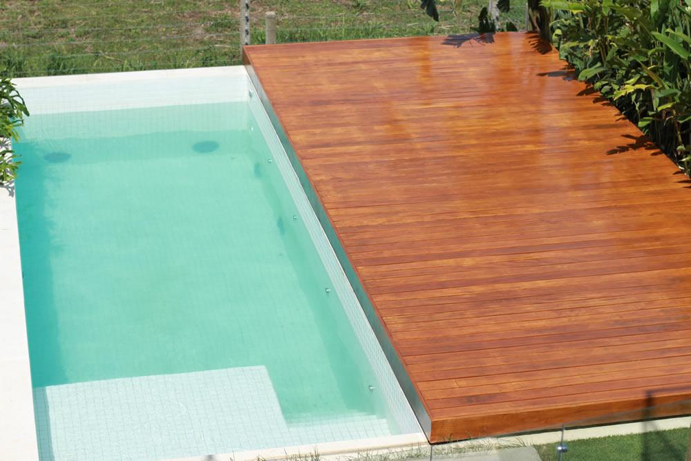 Deck Móvel para Piscina em Madeira em Porto Alegre